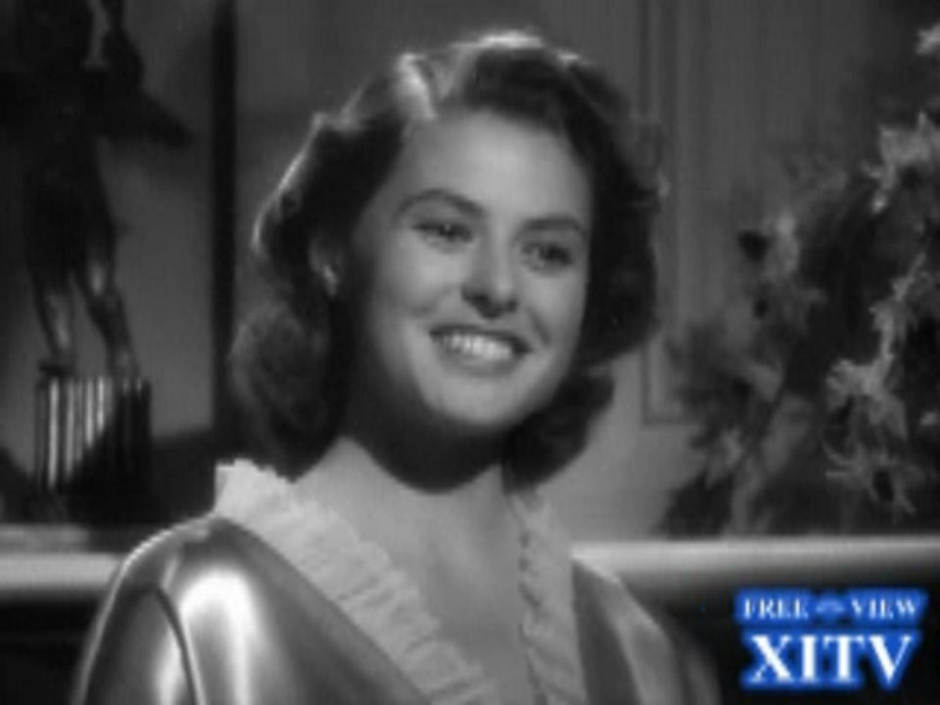 Watch Now! XITV FREE <> VIEW™ &quot;CASABLANCA&quot; Starring Ingrid Bergman and Humphrey Bogart! XITV Is Must See TV!