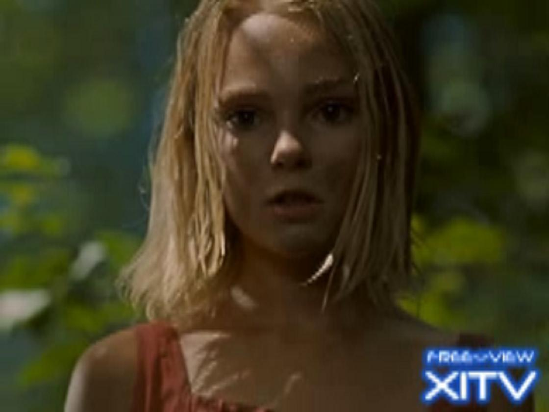 XITV Free View!™ The Reaping! Part 1 International ...Annasophia Robb The Reaping
